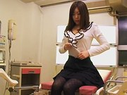 Leggy Jap babe gets a creampie in voyeur Japanese sex clip